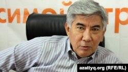 Жармахан Туякбай, сопредседатель ОСДП «Азат» в Алматинском бюро Радио Азаттык. Алматы, 8 сентября 2011 года.