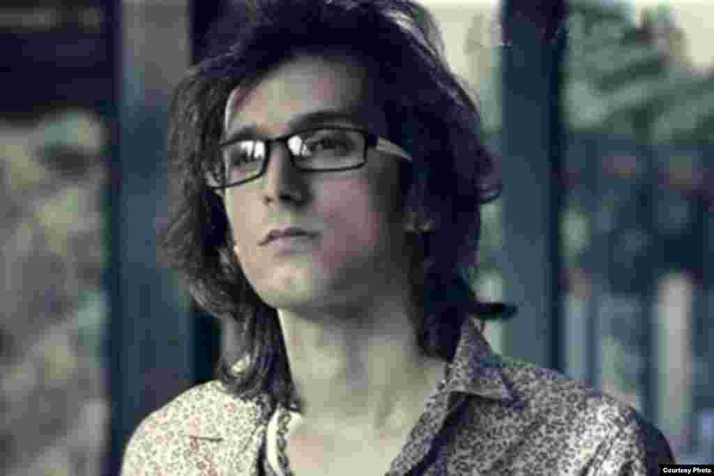 مرتضی پاشایی، خواننده ایرانی