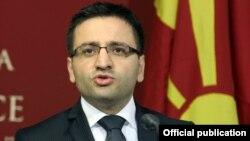 Министерот за одбрана Фатмир Бесими.