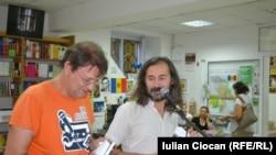 Florin Iaru și Emilian Galaicu-Păun la Librăria Cartier