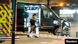 Полиция в Осло блокировала квартал, где 8 апреля было найдено устройство, похожее на бомбу.
