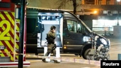 Поліція оточила центр Осло після виявлення пристрою, що нагадував вибухівку, Норвегія, 8 квітня 2017 року