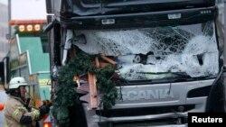 کامیون «اسکانیا» که در بازارچه کریسمس برلین ده ها نفر را زیر گرفت.