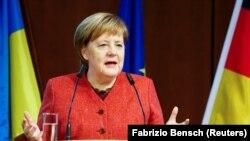 Ангела Мэркель на нямецка ўкраінскім бізнэс-форуме ў Бэрліне 29 лістапада 2018