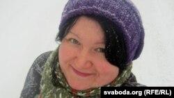 Лэся Лажэўская