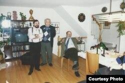 Академик В. В. Иванов и У. Эко в гостях у А. Гениса. Нью-Йорк. 1996