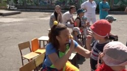 «Сміхноси»: волонтери, що дарують щирість і усмішку дітям