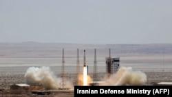 Pamja nga nisja e raketës në Iran, më 27 korrik 2017