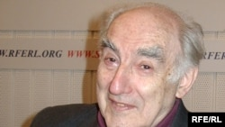 "Vitaly Ginzburg in a 2003 photo: ""If I believed in God, I would start every morning by saying, 'Thank you, my Lord, for making me a theoretical physicist.' """