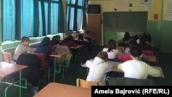 Nastavu na bosanskom jeziku u osnovnim i srednjim školama u Novom Pazaru, Tutinu i Sjenici pohađa 14.545 učenika
