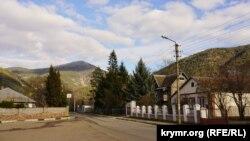 Село Родниковое, Байдарская долина. 24 марта 2019