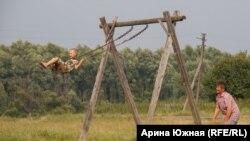 Чүпләр авылындагы бердәнбер балалар мәйданчыгы