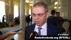 Сергій Пашинський каже, що армію треба озброювати будь-якою ціною