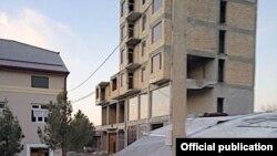 Дом в городе Джизаке до обрушения. Фото с сайта МЧС.