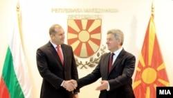 претседателите на Бугарија и на Македонија, Румен Радев и Ѓорге Иванов, Скопје, февруари 2018.