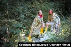 Фотосессия на свалке в Калининском районе Новосибирска