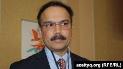 Халықаралық «Stop TB» серіктестігі атқарушы директорының орынбасары Сабху Субананд. Астана, 7 желтоқсан 2016 жыл.