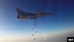 Российский Ту-22М3, взлетевший из Ирана, бомбит объекты в Сирии. 16 августа 2016 года