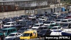 Паромная переправа на российской стороне керченского пролива, архивное фото