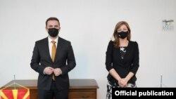 Министрите на външните работи на Северна Македония Буяр Османи и на България Екатерина Захариева на 24 февруари 2021 г.