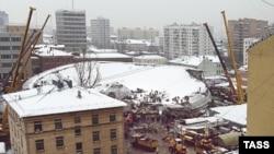 Руины Басманного рынка. Идёт разбор завалов