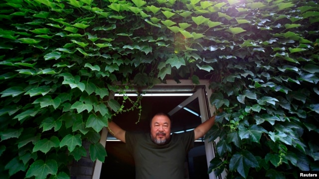 "Chinese dissident artist Ai Weiwei, whose work was reportedly among those being ""negotiated"" on behalf of the Tajik leader."