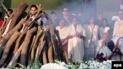 Традиционный погребальный костер: так недавно провожали бывшего президента Индии Рамасвами Венкатарамана