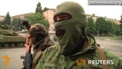 Бойовики їздять на танках на сході України