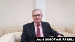 Чрезвычайный и Полномочный посол России в Абхазии Алексей Двинянин