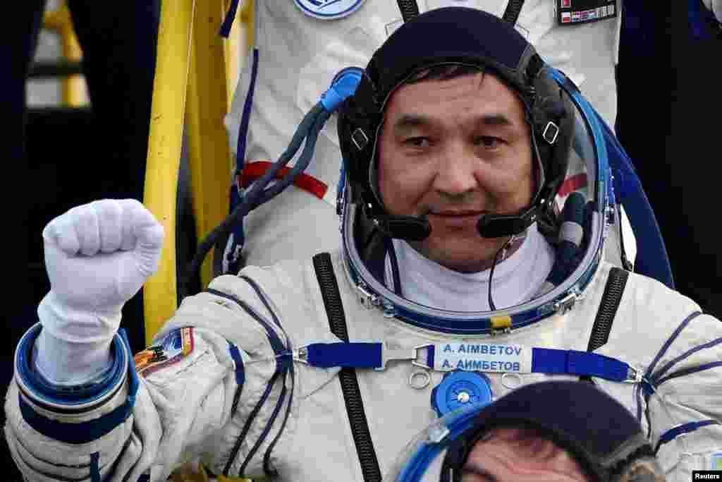 По официальным данным, втечение восьми дней пребывания на борту МКС Аимбетов выполнил более 10 экспериментов, в том числе в области космического мониторинга, влияниякосмического полета на экипаж и физико-технические опыты.Согласно договоренности с Россией, за полет Аимбетова на МКС казахстанская сторона выплатит около 20 миллионов долларов.