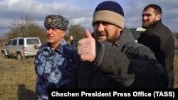 Глава Чечни Рамзан Кадыров на месте спецоперации на окраине селения Катар-Юрт, 20 января