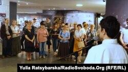 У Дніпрі відкрили документальну виставку «Ризикуючи життям: поляки рятують євреїв під час Голокосту»