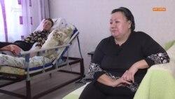 Анна и Алмагуль. История человека в коляске и соцработницы