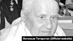Зөфәр Салиев