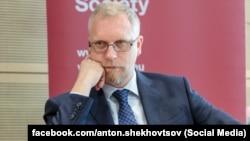 Антон Шеховцов, политолог и публицист из Крыма