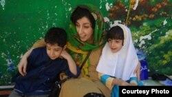 نرگس محمدی و فرزندانش کیانا و علی