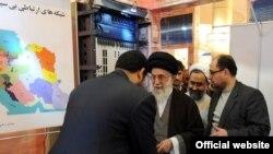 بازدید آیتالله خامنهای از وزارت اطلاعات در سال ۸۹