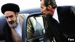 عبدالرضا اکبری در نقش آیت الله خمینی در فیلم «فرزند صبح»