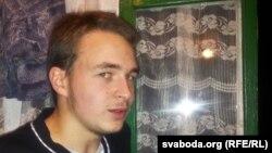 Антон Сурапін