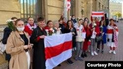 Акция в поддержку белорусских протестующих, Санкт-Петербург, октябрь 2020 года