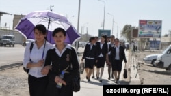 Uzbekistan - school girls are returning from school in Gijduvan town, 10Apr2012