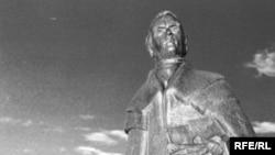 Shevchenko monument by Leo Moll