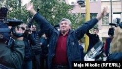 Doček Iliji Jurišiću nakon puštanja iz beogradskog zatvore, Tuzla, 2010.