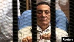 Мубарак сотто, 19-август, 2013-жыл
