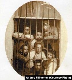 Густав Шпет в тюремной камере, студенческие годы