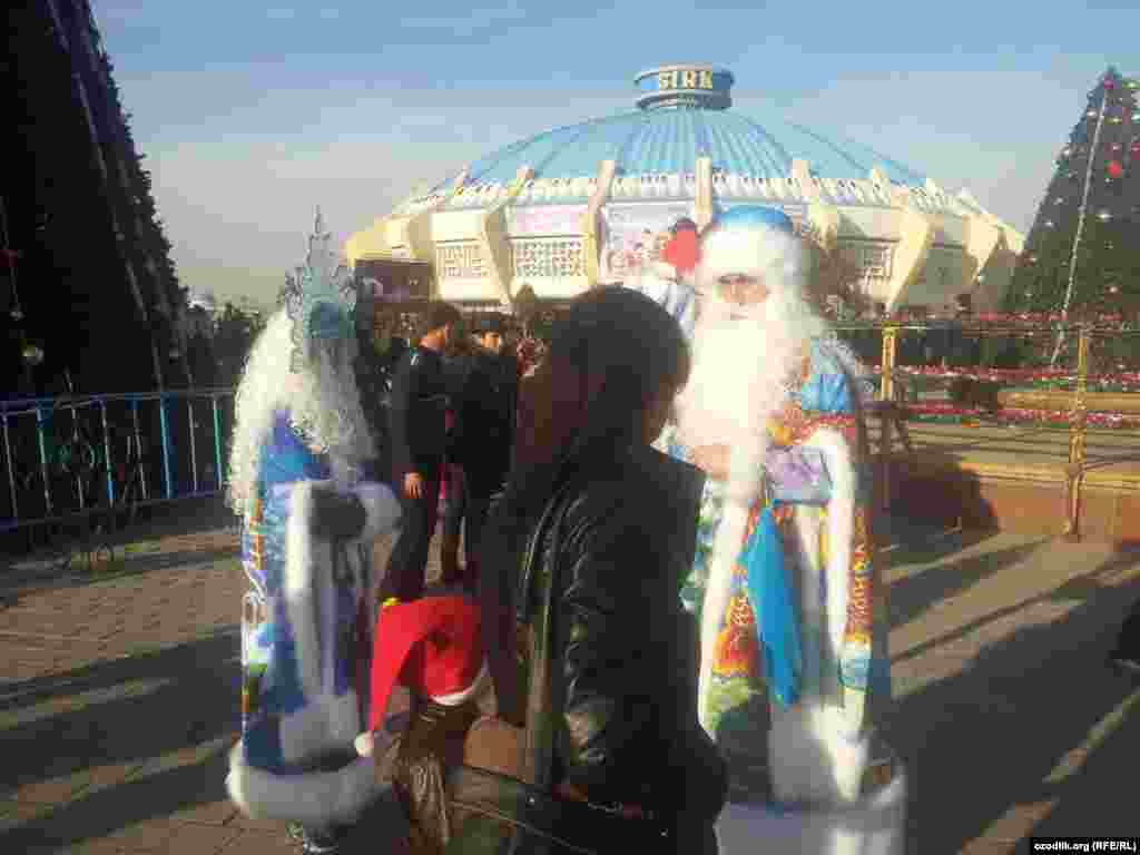 Uzbekistan - New Year celebrations in Tashkent (14), 28Dec2014