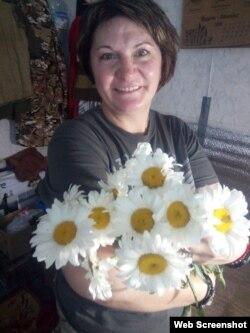 Медик обожает ромашки. Эти цветы ей дарят даже на фронте