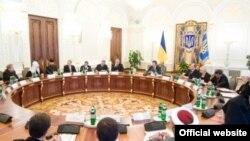 Зустріч Президента України Віктора Януковича з керівниками українських церков та релігійних організацій, Київ, 21 квітня 2011 року