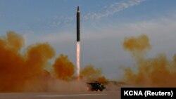 Солтүстік Корея ұшырған баллистикалық зымыран (Көрнекі сурет).