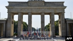 Brandenburg Gate in Berlin, 19Jun2013